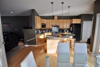 Photo 7: 9135 100B Avenue in Edmonton: Zone 13 House Half Duplex for sale : MLS®# E4185551