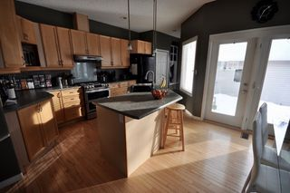 Photo 6: 9135 100B Avenue in Edmonton: Zone 13 House Half Duplex for sale : MLS®# E4185551