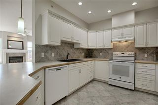 Photo 9: 1410 LAKE FRASER Green SE in Calgary: Lake Bonavista Apartment for sale : MLS®# C4294063