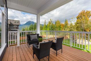 "Photo 33: 40895 THE CRESCENT in Squamish: University Highlands House for sale in ""UNIVERSITY HEIGHTS"" : MLS®# R2467442"