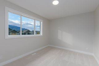 "Photo 22: 40895 THE CRESCENT in Squamish: University Highlands House for sale in ""UNIVERSITY HEIGHTS"" : MLS®# R2467442"
