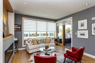 Photo 4: 204 1969 Oak Bay Ave in Victoria: Vi Fairfield East Condo for sale : MLS®# 843402