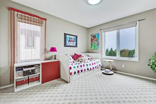 Photo 29: 2735 77 Street SW in Calgary: Springbank Hill Detached for sale : MLS®# A1053304
