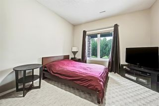 Photo 37: 2735 77 Street SW in Calgary: Springbank Hill Detached for sale : MLS®# A1053304