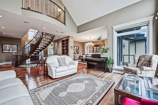 Photo 16: 2735 77 Street SW in Calgary: Springbank Hill Detached for sale : MLS®# A1053304