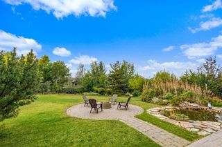 Photo 9: 2735 77 Street SW in Calgary: Springbank Hill Detached for sale : MLS®# A1053304