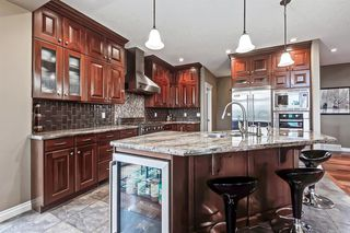 Photo 6: 2735 77 Street SW in Calgary: Springbank Hill Detached for sale : MLS®# A1053304