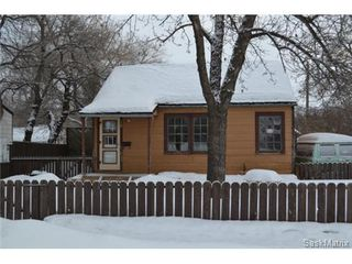 Photo 1: 738 K AVENUE S in Saskatoon: King George Single Family Dwelling for sale (Saskatoon Area 04)  : MLS®# 451544
