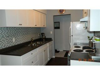 """Photo 3: 409 4373 HALIFAX Street in Burnaby: Brentwood Park Condo for sale in """"BRENT GARDENS"""" (Burnaby North)  : MLS®# V987408"""