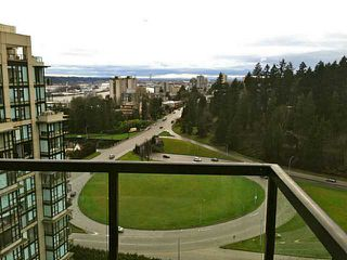 "Photo 7: 2002 15 E ROYAL Avenue in New Westminster: Fraserview NW Condo for sale in ""VICTORIA HILL"" : MLS®# V993311"