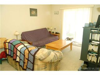 Photo 4: 104 350 Belmont Rd in VICTORIA: Co Colwood Corners Condo Apartment for sale (Colwood)  : MLS®# 499266