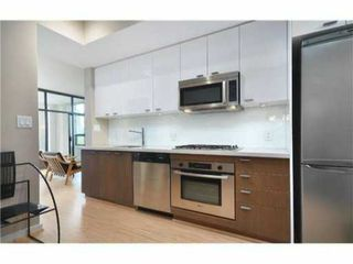 """Photo 4: 603 531 BEATTY Street in Vancouver: Downtown VW Condo for sale in """"METROLIVING"""" (Vancouver West)  : MLS®# V1001484"""