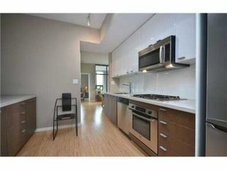 """Photo 3: 603 531 BEATTY Street in Vancouver: Downtown VW Condo for sale in """"METROLIVING"""" (Vancouver West)  : MLS®# V1001484"""