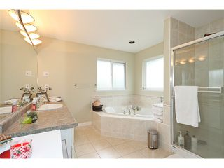Photo 6: 20945 GOLF LN in Maple Ridge: Southwest Maple Ridge House for sale : MLS®# V1008760