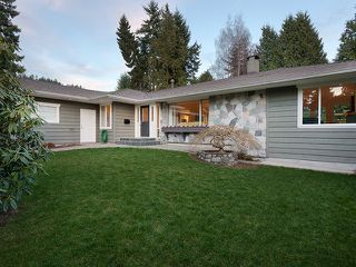 Photo 2: 1710 19th Street in Vancouver: House for sale : MLS®# V1011314