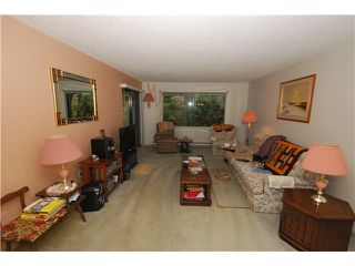 Photo 2: 4304 GARDEN GROVE DR in Burnaby: Greentree Village Condo for sale (Burnaby South)  : MLS®# V1036062