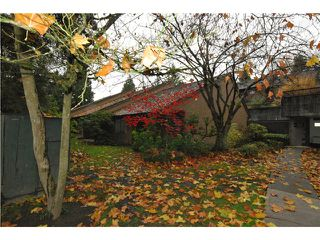 Photo 1: 4304 GARDEN GROVE DR in Burnaby: Greentree Village Condo for sale (Burnaby South)  : MLS®# V1036062