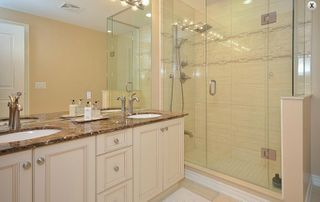 Photo 10: 9245 Jane Street Bellaria Condo For Sale Marie Commisso Vaughan Real Estate