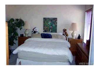 Photo 7: 763 Menawood Pl in VICTORIA: SE Cordova Bay Half Duplex for sale (Saanich East)  : MLS®# 309499