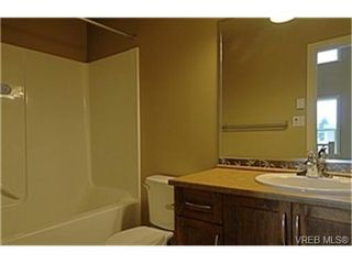Photo 5:  in VICTORIA: La Langford Proper Row/Townhouse for sale (Langford)  : MLS®# 461580