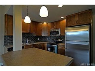 Photo 4:  in VICTORIA: La Langford Proper Row/Townhouse for sale (Langford)  : MLS®# 461580