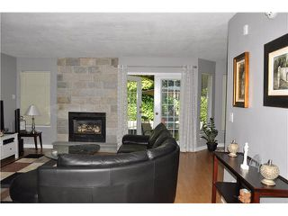 """Photo 2: 303 1180 FALCON Drive in Coquitlam: Eagle Ridge CQ Townhouse for sale in """"FALCON HEIGHTS"""" : MLS®# V1075683"""
