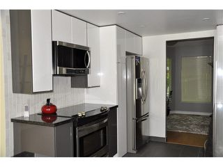 """Photo 7: 303 1180 FALCON Drive in Coquitlam: Eagle Ridge CQ Townhouse for sale in """"FALCON HEIGHTS"""" : MLS®# V1075683"""