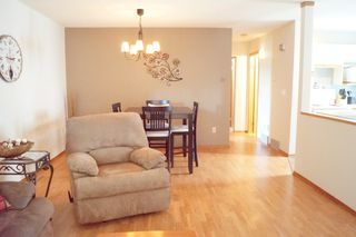 Photo 8: 3 Sand Lily Drive in Winnipeg: Single Family Detached for sale (River Park South)  : MLS®# 1426863