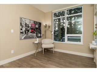 Photo 16: 303 15152 RUSSELL AVENUE: White Rock Condo for sale (South Surrey White Rock)  : MLS®# R2134958
