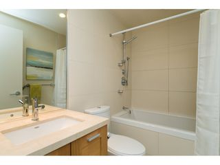 Photo 15: 303 15152 RUSSELL AVENUE: White Rock Condo for sale (South Surrey White Rock)  : MLS®# R2134958