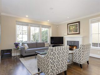 Photo 3: 3628 W 2ND AVENUE in Vancouver: Kitsilano 1/2 Duplex for sale (Vancouver West)  : MLS®# R2352662