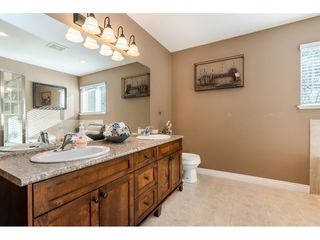 """Photo 12: 119 23925 116TH Avenue in Maple Ridge: Cottonwood MR House for sale in """"Cherry Hills"""" : MLS®# R2411138"""