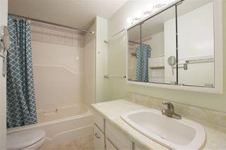 Photo 6: 15316 VICTORIA Avenue: White Rock House for sale (South Surrey White Rock)  : MLS®# R2411385