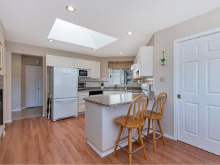Photo 5: 615 St Andrews Lane in COBBLE HILL: ML Cobble Hill House for sale (Malahat & Area)  : MLS®# 842287