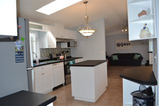 Photo 15: 921 Jubilee Dr Drive: Sherwood Park Mobile for sale : MLS®# E4209691