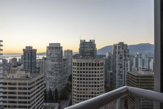 """Photo 33: 2801 1111 ALBERNI Street in Vancouver: West End VW Condo for sale in """"Shangri-La"""" (Vancouver West)  : MLS®# R2492425"""