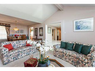 """Photo 9: 8168 154 Street in Surrey: Fleetwood Tynehead House for sale in """"FAIRWAY PARK"""" : MLS®# R2497613"""