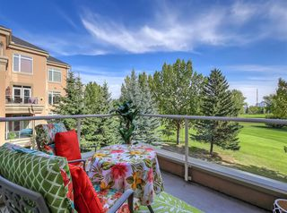 Photo 12: 1302 24 HEMLOCK Crescent SW in Calgary: Spruce Cliff Apartment for sale : MLS®# A1036982