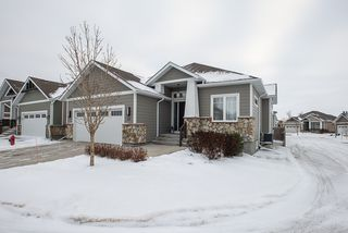 Photo 29: 20 381 Oak Forest Crescent: Single Family Detached for sale (5W)