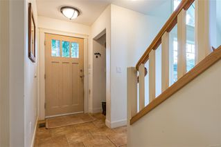 Photo 10: 4739 Wimbledon Rd in : CR Campbell River South House for sale (Campbell River)  : MLS®# 861982