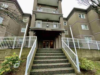 "Photo 2: 213 2375 SHAUGHNESSY Street in Port Coquitlam: Central Pt Coquitlam Condo for sale in ""Connamara Place"" : MLS®# R2525251"