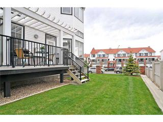 Photo 2: 3 ROYAL OAK Plaza NW in CALGARY: Royal Oak Townhouse for sale (Calgary)  : MLS®# C3530912