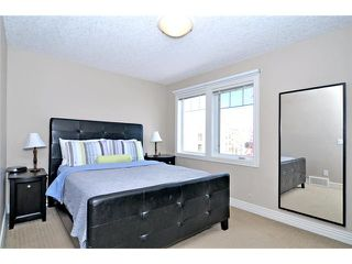 Photo 8: 3 ROYAL OAK Plaza NW in CALGARY: Royal Oak Townhouse for sale (Calgary)  : MLS®# C3530912