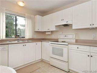 Photo 9: 414 1560 Hillside Ave in VICTORIA: Vi Oaklands Condo Apartment for sale (Victoria)  : MLS®# 620343