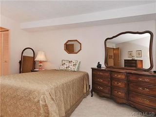 Photo 13: 414 1560 Hillside Ave in VICTORIA: Vi Oaklands Condo Apartment for sale (Victoria)  : MLS®# 620343