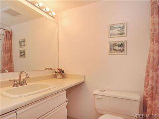 Photo 14: 414 1560 Hillside Ave in VICTORIA: Vi Oaklands Condo Apartment for sale (Victoria)  : MLS®# 620343