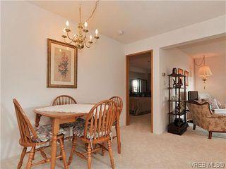 Photo 7: 414 1560 Hillside Ave in VICTORIA: Vi Oaklands Condo Apartment for sale (Victoria)  : MLS®# 620343