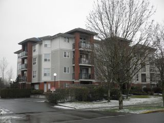 Photo 1: 108 20239 MICHAUD Crest in Langley: Langley City Condo for sale : MLS®# f1301099