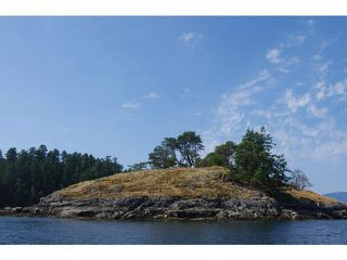 Main Photo: WILLIAM ISLAND in Pender Harbour: Pender Harbour Egmont Home for sale (Sunshine Coast)  : MLS®# V1020229