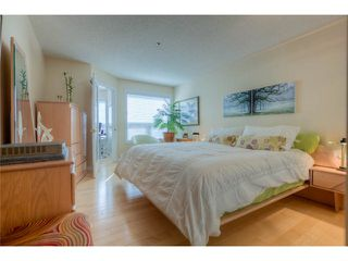 "Photo 11: 120 7251 MINORU Boulevard in Richmond: Brighouse South Condo for sale in ""THE RENAISSANCE"" : MLS®# V1025238"